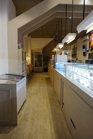 Foto 3 - Interior di Pesca Ice Cream Cakes oleh inggie @makandll