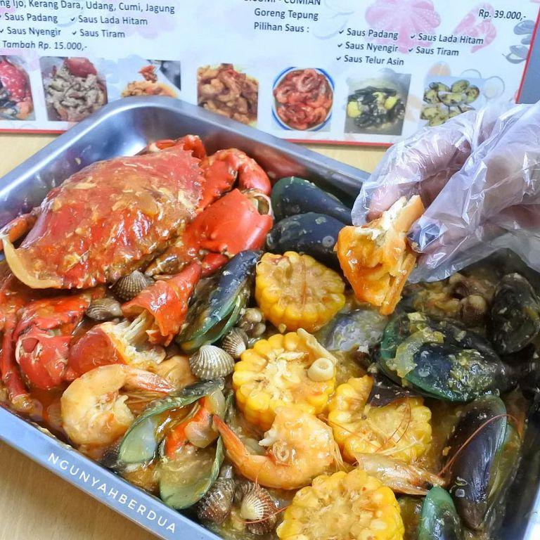 Nyengir Review Ngunyah Berdua Di Restoran Kantin Seafood