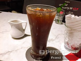 Foto review Greyhound Cafe oleh Fransiscus  2