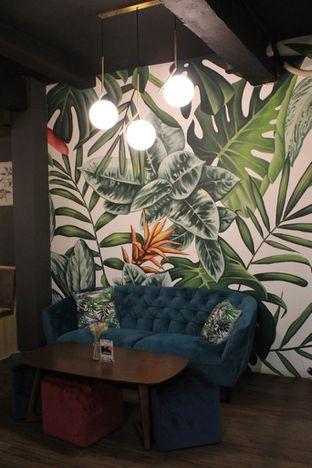 Foto 10 - Interior di Brouwen Coffee & Kitchen oleh Prido ZH