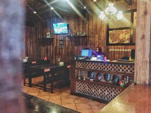 Foto 18 - Interior di Bebek Malio oleh Astrid Huang | @biteandbrew
