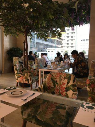 Foto 6 - Interior di Gram Cafe & Pancakes oleh Jeljel