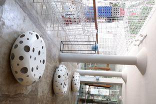 Foto 11 - Interior di Artwork Coffee Space oleh yudistira ishak abrar
