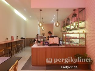Foto 3 - Interior di Lala Coffee & Donuts oleh Ladyonaf @placetogoandeat