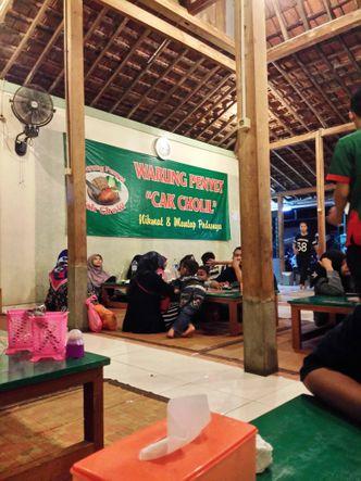 Foto Interior di Warung Penyet Cak Cholil