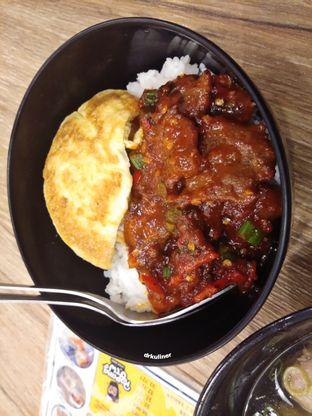 Foto 4 - Makanan di OTW Food Street oleh Devi Renat