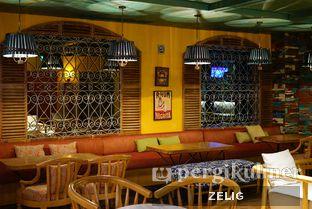 Foto 3 - Interior di Karumba Rooftop Rum Bar oleh @teddyzelig