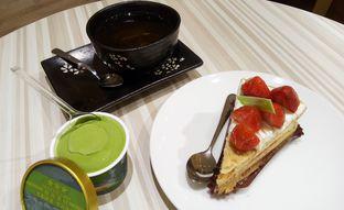 Foto 11 - Makanan(red tea) di Chateraise oleh maysfood journal.blogspot.com Maygreen