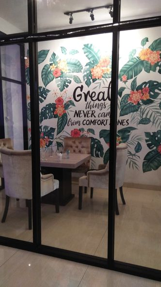 Foto Interior di Meet n Work Coffee & Eatery