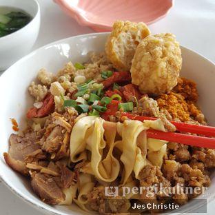 Foto 1 - Makanan(sanitize(image.caption)) di Bakmie Halleluya oleh JC Wen