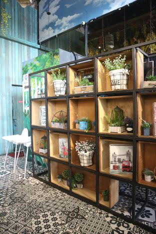 Foto 9 - Interior di ROOFPARK Cafe & Restaurant oleh yeli nurlena