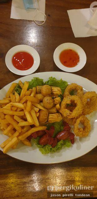 Foto 2 - Makanan(Snack Sampler) di Petrichor Cafe & Bistro oleh Jason Pirelli Tandean
