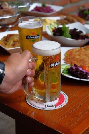 Foto review Die Stube Germany Resto & Bar oleh Yessica Angkawijaya 1