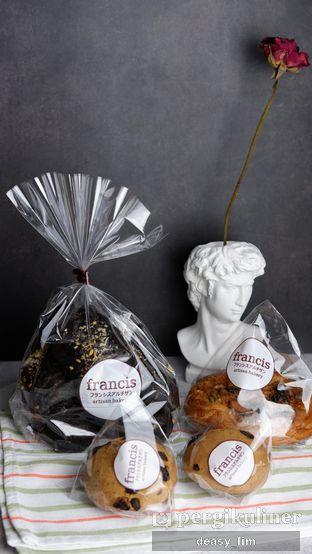 Foto review Francis Artisan Bakery oleh Deasy Lim 1