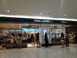 Foto 7 - Eksterior di Tous Les Jours Cafe oleh Michael Wenadi