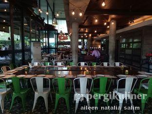 Foto 6 - Interior di Ocha & Bella - Hotel Morrissey oleh @NonikJajan
