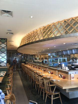 Foto 5 - Interior di Sushi Tei oleh Nanakoot