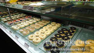 Foto review J.CO Donuts & Coffee oleh Jakartarandomeats 2