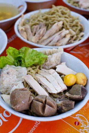 Foto 2 - Makanan di Bakmi Ayam Acang oleh Duolaparr