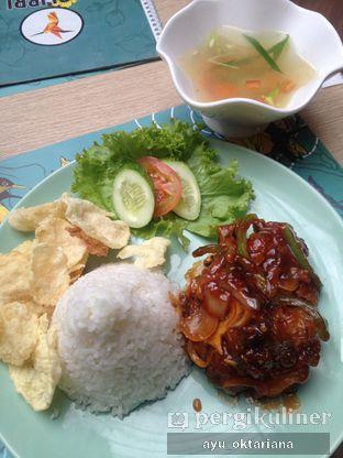 Foto 1 - Makanan(buntut goreng) di Colibri Cafe & Bakery oleh a bogus foodie