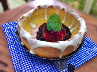 Foto 2 - Makanan(Blueberry Pancake) di Baby Dutch Pancake oleh Fadhlur Rohman