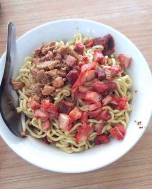 Foto - Makanan di Bakmi Medan Kebon Jahe oleh heiyika