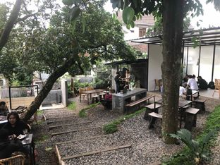 Foto review Mimiti Coffee & Space oleh Fadhlur Rohman 5
