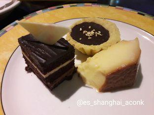 Foto 22 - Makanan(Another desserts.) di Cafe One - Wyndham Casablanca Jakarta oleh Michael Wenadi