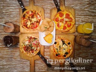 Foto - Makanan di Milan Pizzeria Cafe oleh #kulineraladinny