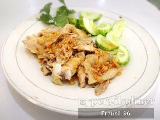 Foto 4 - Makanan di Bubur Ayam Tangki 18 oleh Fransiscus