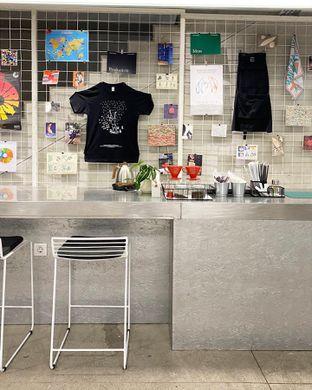 Foto 2 - Interior di Tu7uhari Coffee oleh Explorewith_ardi