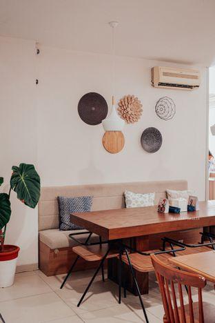 Foto 12 - Interior di ou tu Cafe oleh Indra Mulia