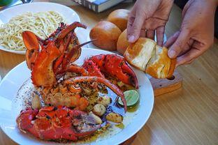 Foto 8 - Makanan(Butter Crab) di Chef Epi - Hotel Sheo oleh Fadhlur Rohman