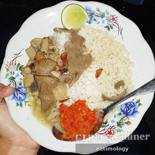 Foto - Makanan di Gulai Tikungan Blok M oleh EATIMOLOGY Rafika & Alfin