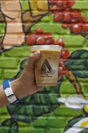 Foto 1 - Makanan di Giyanti Coffee Roastery oleh yudistira ishak abrar