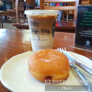 Foto 5 - Makanan di Starbucks Coffee oleh @teddyzelig