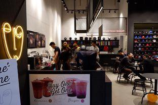 Foto 7 - Interior di Kawanan Coffee oleh yudistira ishak abrar