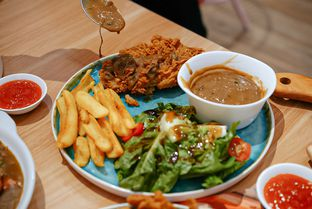 Foto 10 - Makanan di Twist n Go oleh deasy foodie
