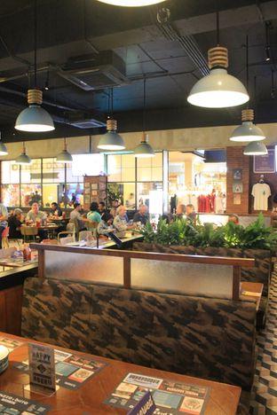 Foto 4 - Interior di Pizza E Birra oleh Prido ZH