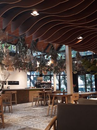 Foto 4 - Interior di Cups Coffee & Kitchen oleh Mouthgasm.jkt