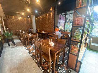 Foto 8 - Interior di Pojok Nasi Goang oleh Riani Rin