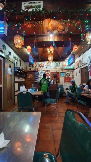 Foto 4 - Interior di Mandala Restaurant oleh Naomi Suryabudhi