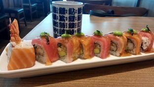 Foto 2 - Makanan(2 fish roll) di Uchino Shokudo oleh YSfoodspottings