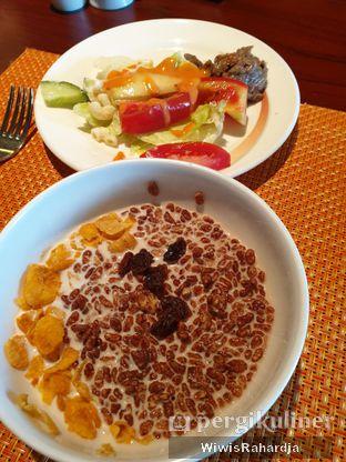 Foto review Bogor Cafe - Hotel Borobudur oleh Wiwis Rahardja 5