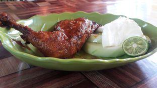 Foto - Makanan di Ayam Bakar Cha - Cha oleh Nisanis