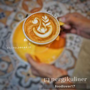 Foto 7 - Makanan(Hot Cappuccino) di Yoshi! Coffee oleh Sillyoldbear.id