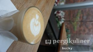 Foto 1 - Makanan(Cafe Latte) di Common Grounds oleh Buchara Rubyandra
