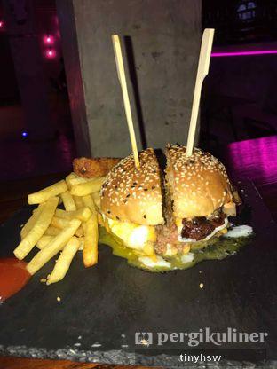 Foto 3 - Makanan di Dope Burger & Co. oleh Tiny HSW. IG : @tinyfoodjournal