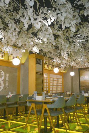 Foto 3 - Interior di Okinawa Sushi oleh IG: biteorbye (Nisa & Nadya)