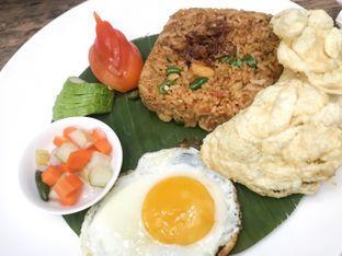 Foto 1 - Makanan(Nasi Pi.Nyar) di Kopi Manyar oleh feedthecat